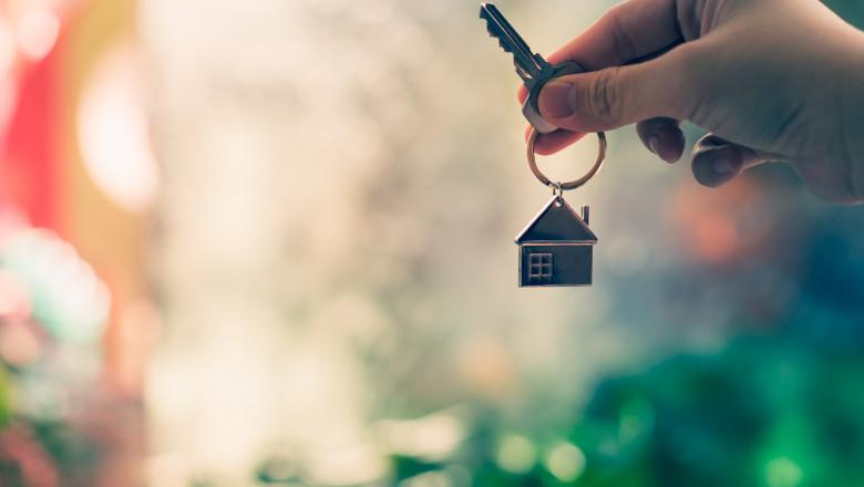 Băncile au dat start programului Noua Casă. Marea temere este că prețul apartamentelor noi va crește artificial