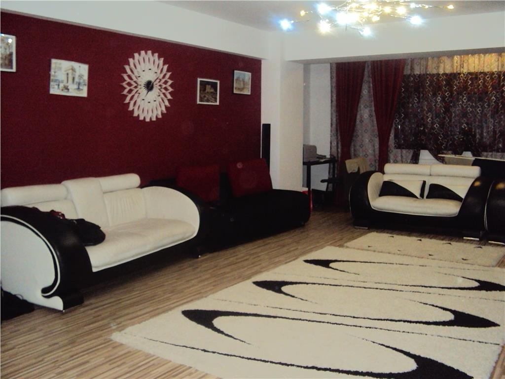 Apartament 3 camere, 120 mp, Penny Market Obor