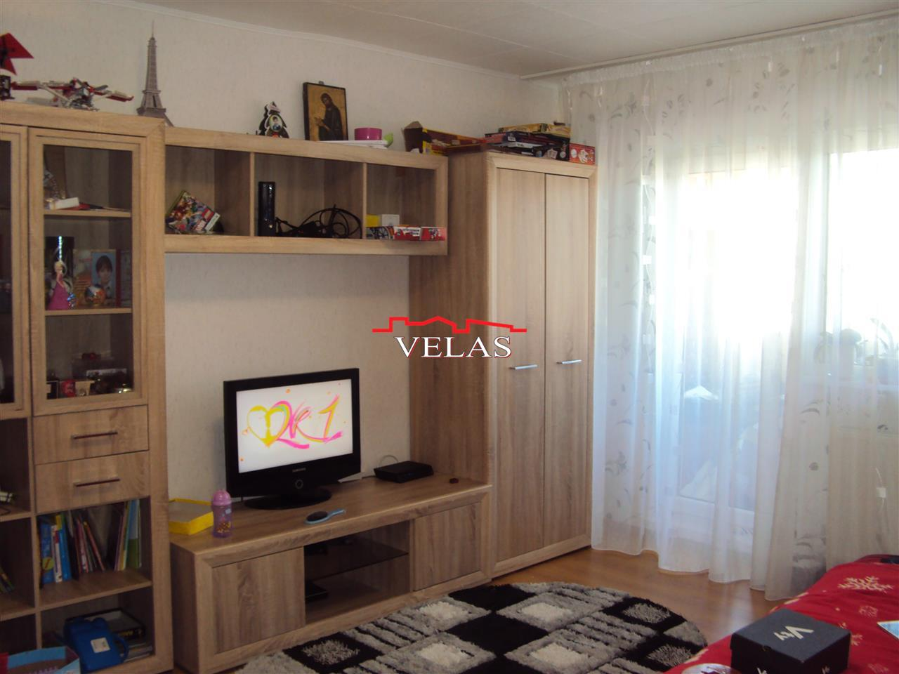 Apartament 2 camere, et. 3/3, CT, str. Brailei
