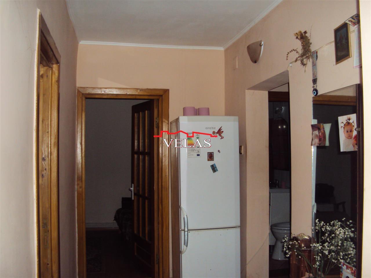 Apartament 3 camere, parter, Str. Panduri
