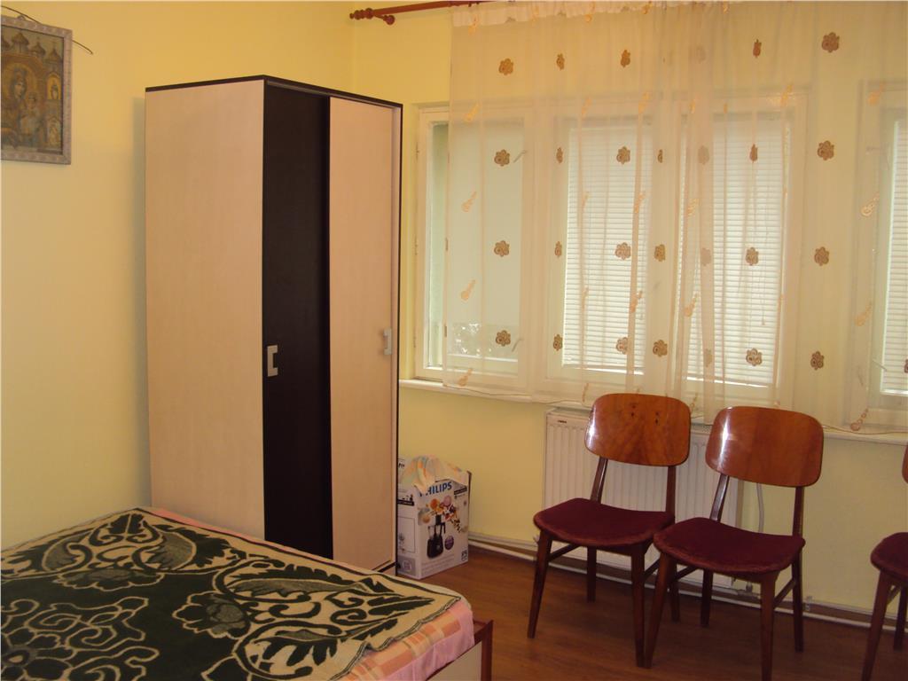 Apartament 3 camere, et.1, CT, Gara