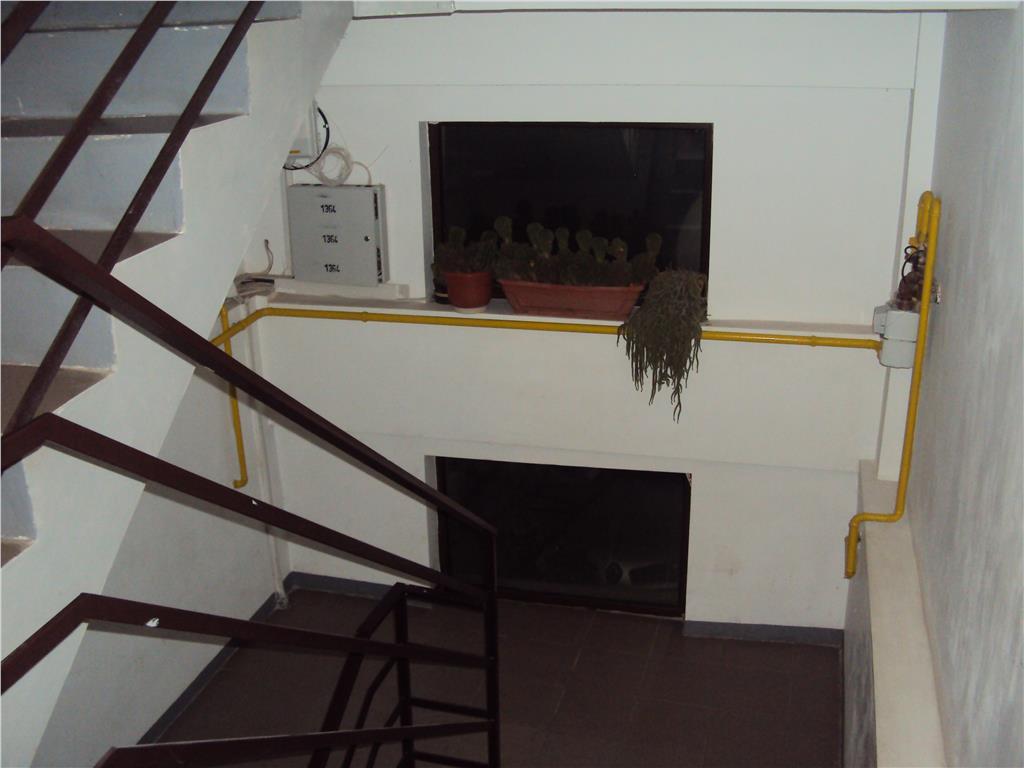 Apartament 2 camere, et. 2, CT, Penny Market