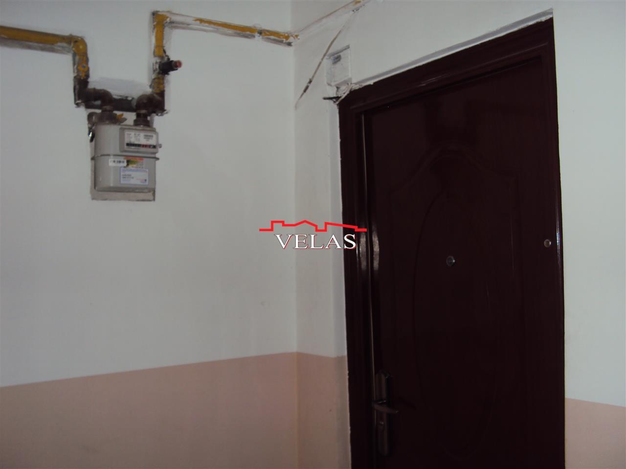 Apartament 3 camere, et. 4, CT, Unirea Principatelor