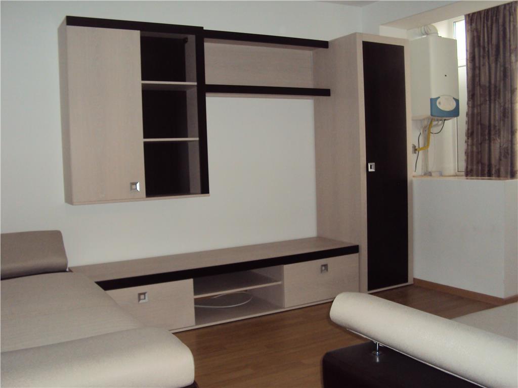 Apartament 2 camere, et. 4 cu acoperis, renovat, mobilat, CT