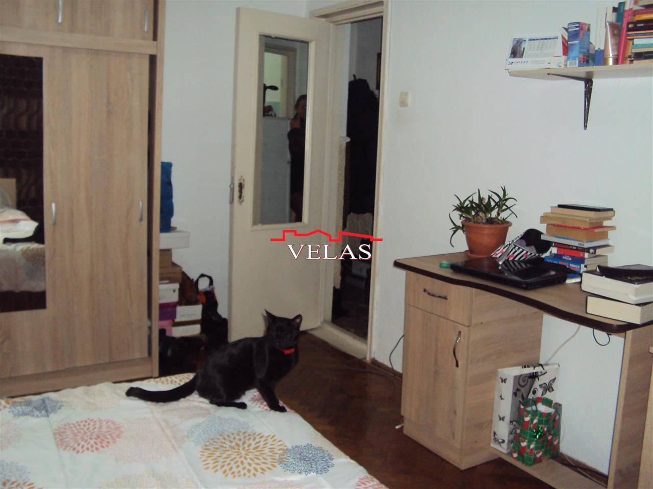 Apartament 2 camere, et 4, B-uri Sud