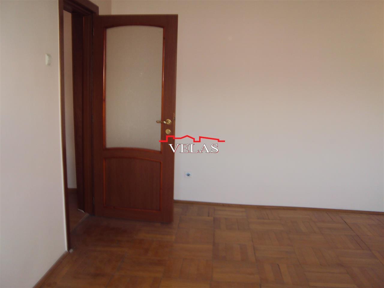 Apartament 2 camere, et 4 , ultracentral