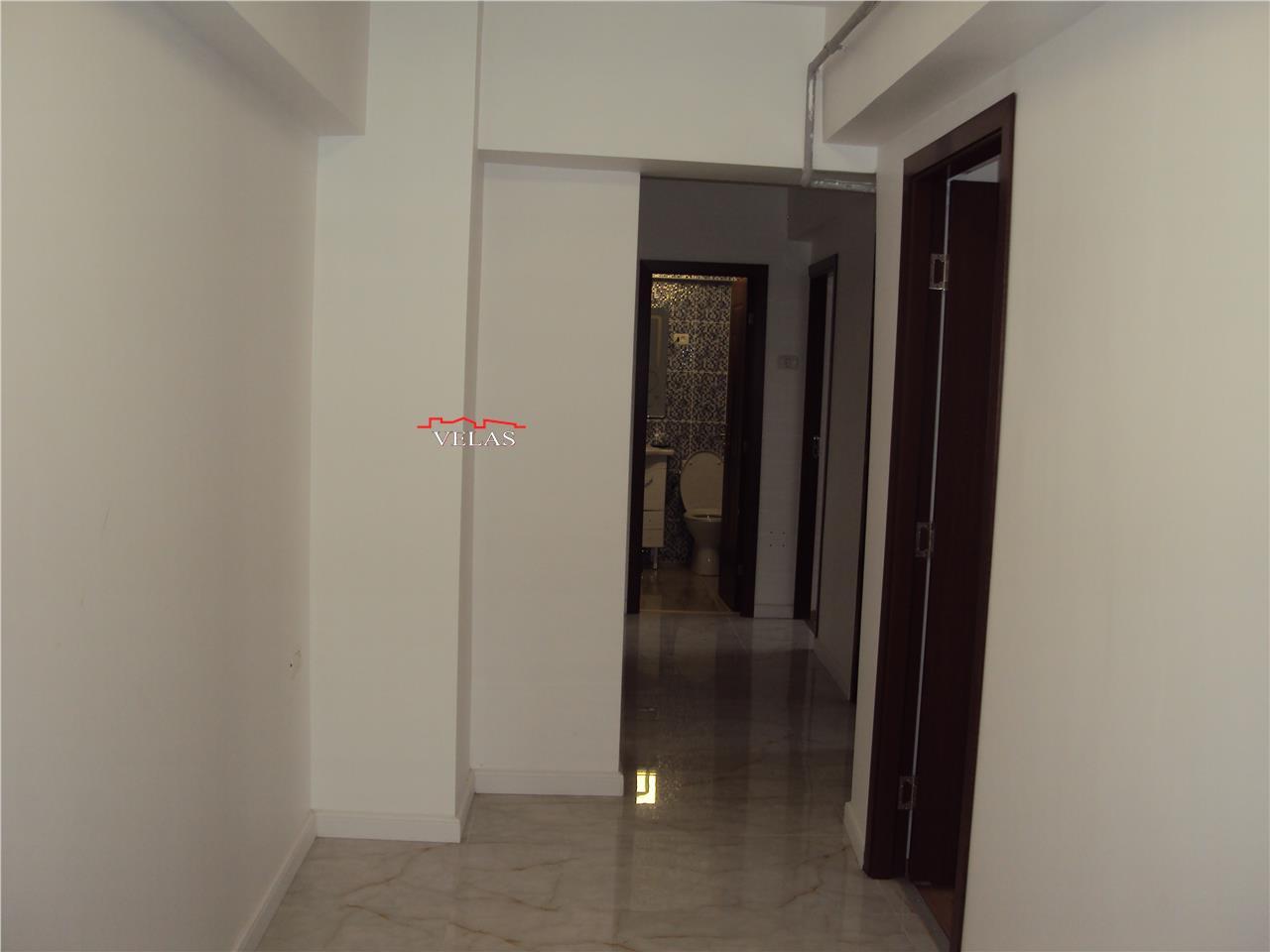 Apartament 3 camere, et 3 , mobilat si utilat ,CT, Piata Unirii