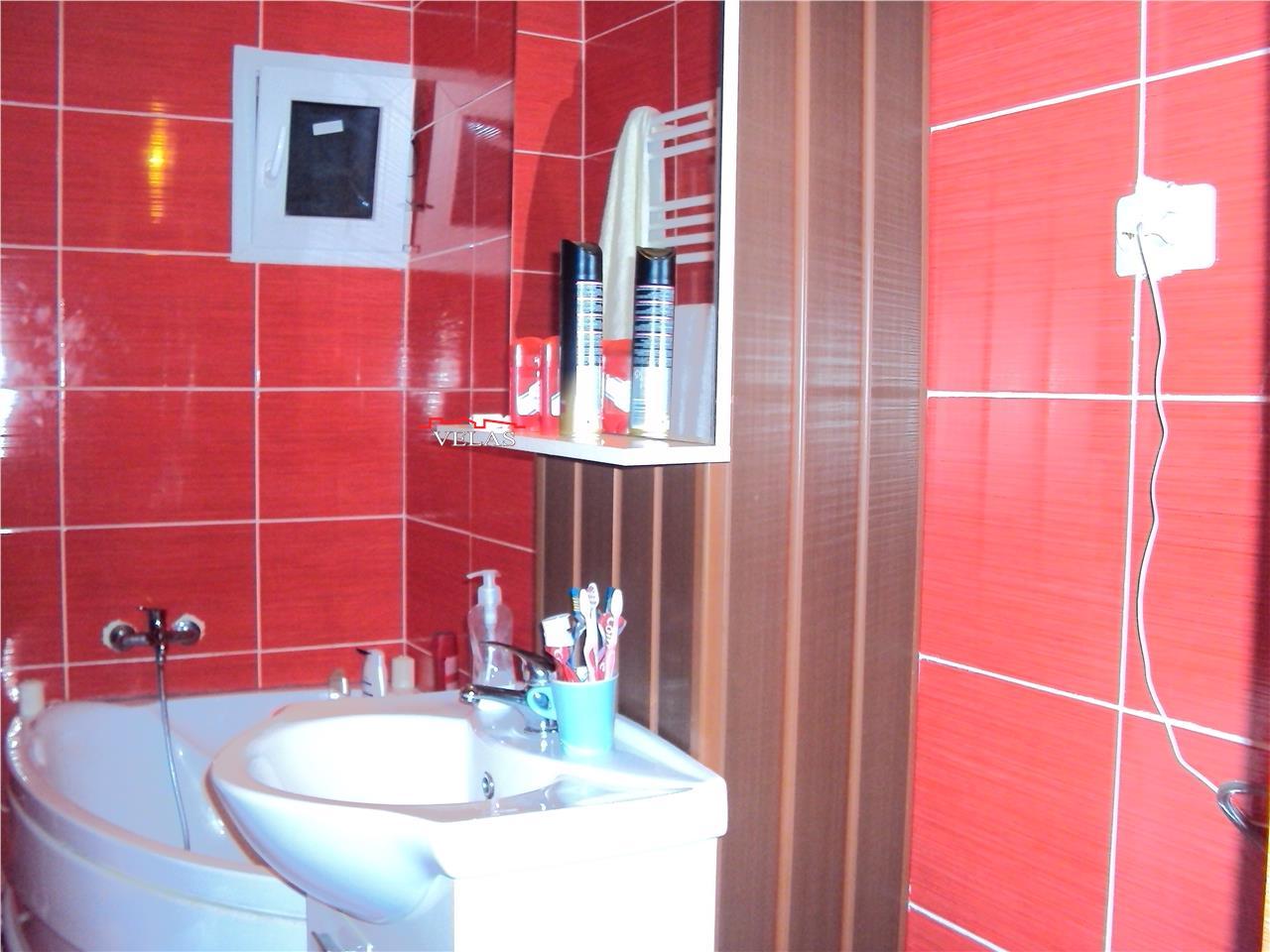 Apartament 3 camere, et 2, CT, Str Pictor Grigorescu