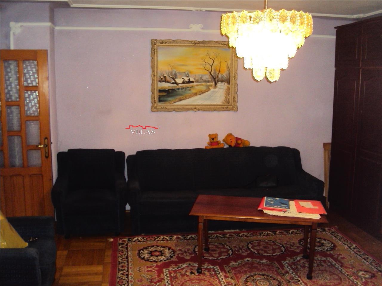 Apartament 3 camere, et 3, doua balcoane, doua bai