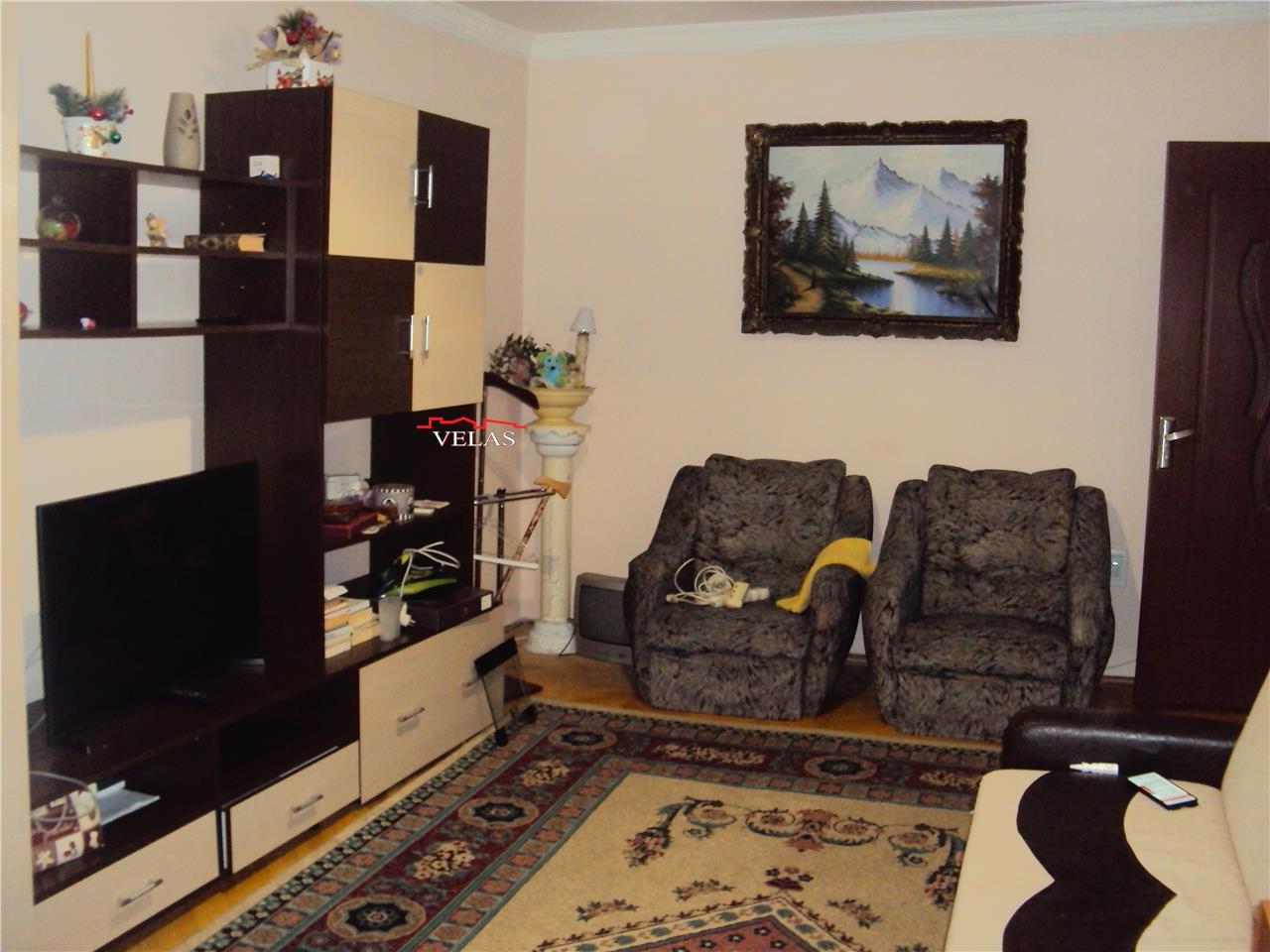 Inchiriez apartament 2 camere, CT, mobilat si utilat, zona Teatru