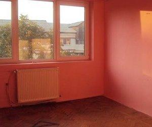 Apartament 3 camere, et. 4 cu acoperis, zona Gara