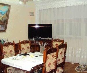 Apartament 3 camere, et. 4 /4 cu acoperis, centrala termica