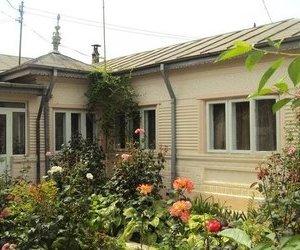 Casa caramida, 3 camere, com Vanatori