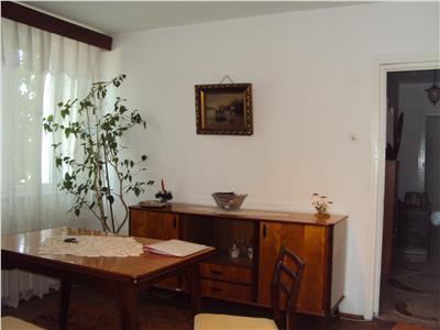 Apartament 3 camere, et 2, S-V, zona Gara