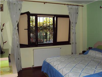 Apartament  4 cameree, parter, Ct, balcon, parcare