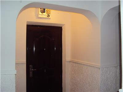 Apartament 3 camere, spatios, Sud-Zanfir