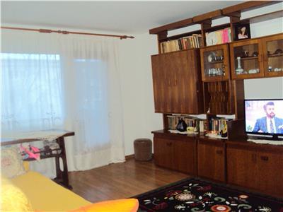 Apartament 4 camere, et. 2, CT, Gara-Longinescu