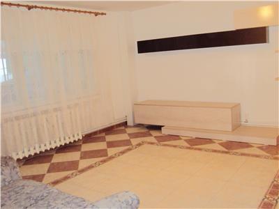 Apartament 3 camere, parter, mobilat
