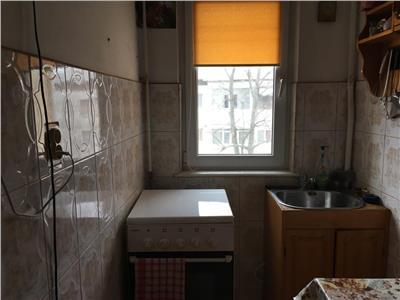 Apartament 2 camere, et 4, acoperis, zona Sud