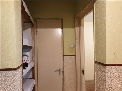 Apartament 3 camere, parter, CT, cartier Sud