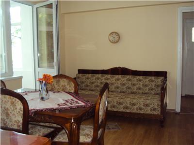 Apartament 2 camere et 3, zona Gara
