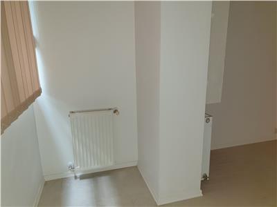 Apartament 3 camere, et 1, CT, str Cuza Voda,