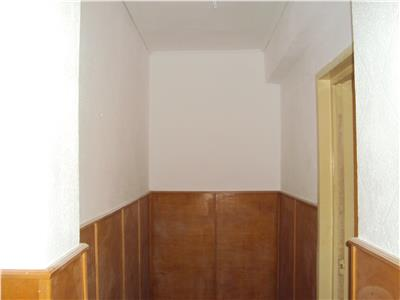 Apartament 3 camere Cuza -Voda et 3, C.T. 70 mp