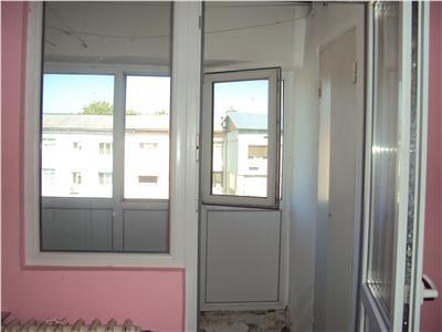 Apartament 2 camere, et 4, 55 mp, P-uri Sud