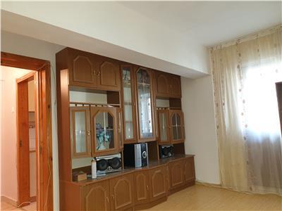 Apartament 2camere, et4, str Stefan Cel Mare